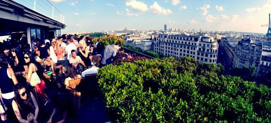 Organiser une soirée collaborateur sur un rooftop à paris 8 ème