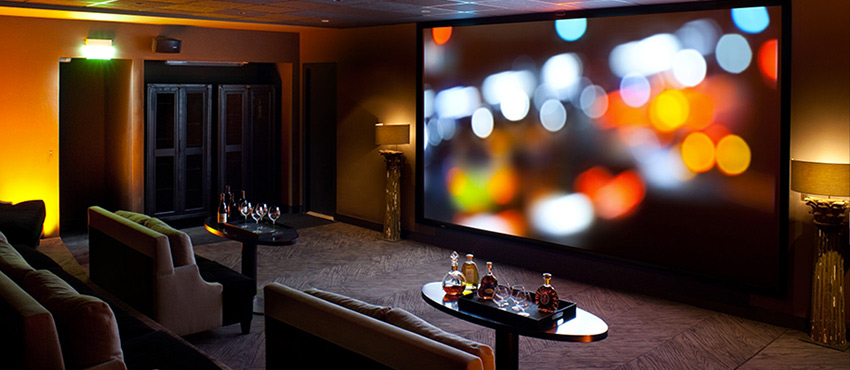 Salle de projection pour événement