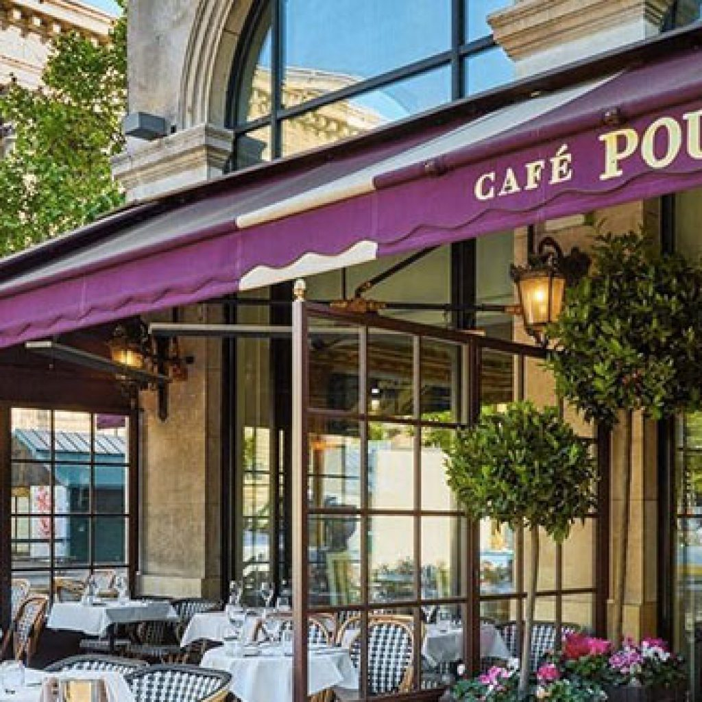 le cafe pouchkine madeleine a privatiser