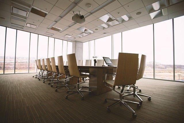 Salle de conférence réussir son événement digital